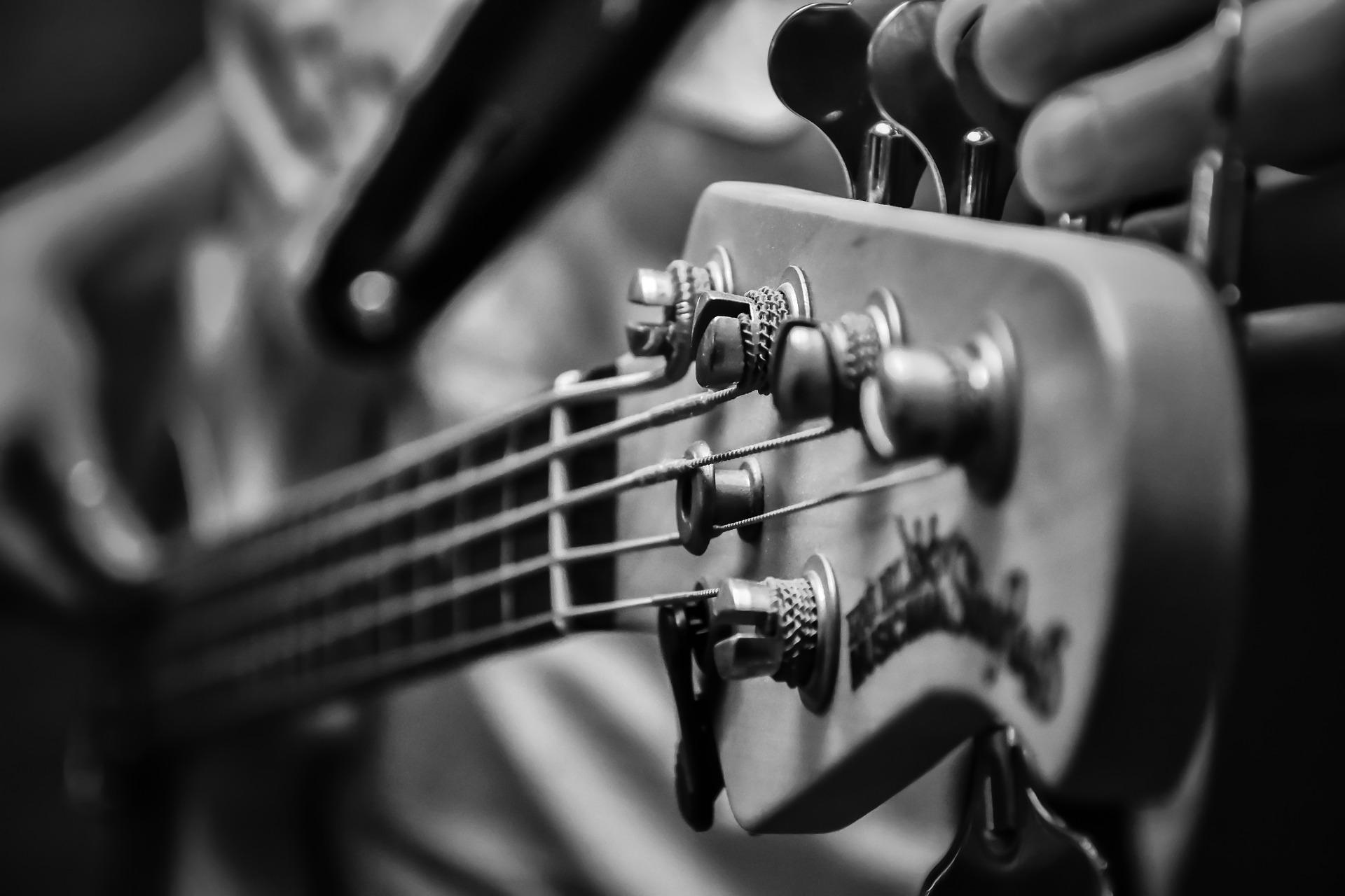 teoria.base.chitarra.elettrica